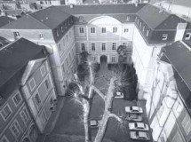 Bâtiments-vus-de-la-Cathédrale-1981-Photographie-Nespoulous